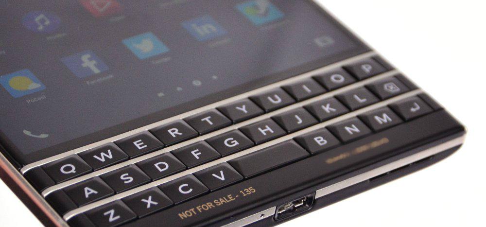 BlackBerry-Passport-pre-release-review-4