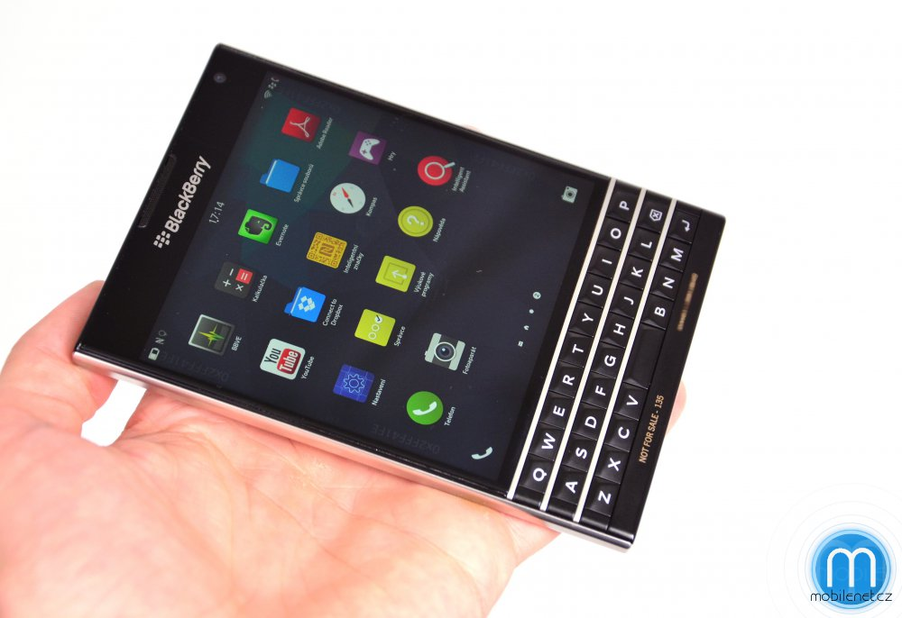 BlackBerry-Passport-pre-release-review-8