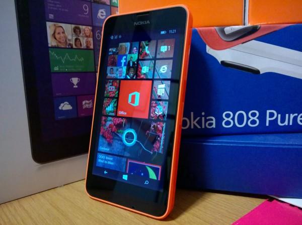 Nokia 635 unboxing
