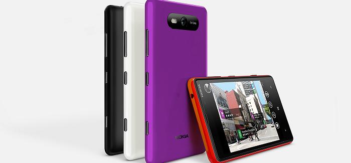 Nokia Lumia 820, deslumbrante por donde se le mire