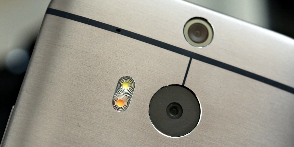 HTC M8_Eye
