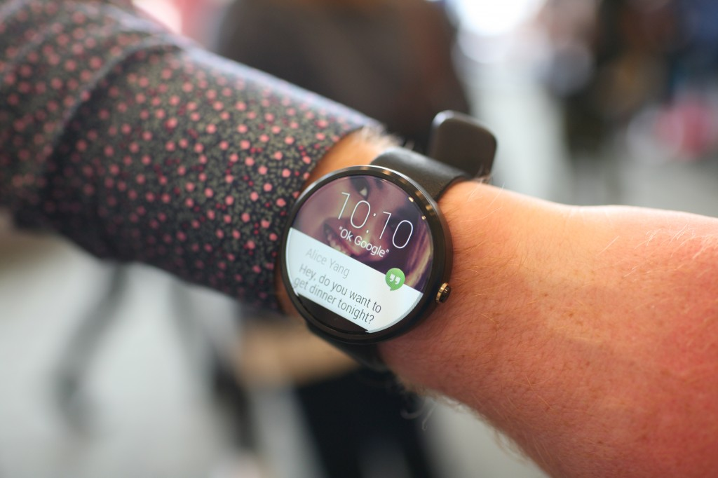 moto-360-smartwatch-android-wear-1024x682