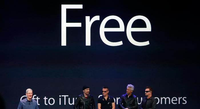 Tim Cook revela que el disco de U2 será gratis(libre) para visitantes de iTunes