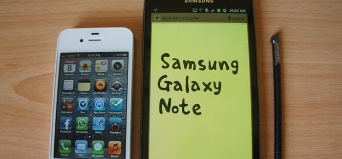 Galaxy Note y iPhone 4