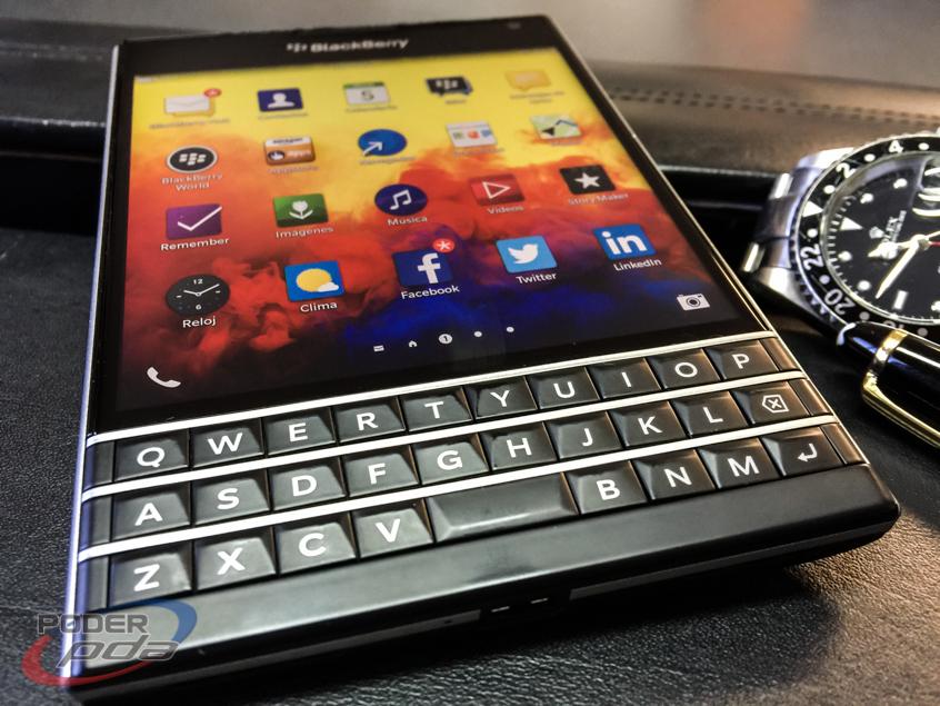 BlackBerry-Passport-Poder-PDA(10)