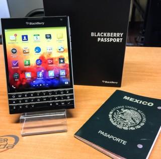 BlackBerry Passport, imágenes a detalle