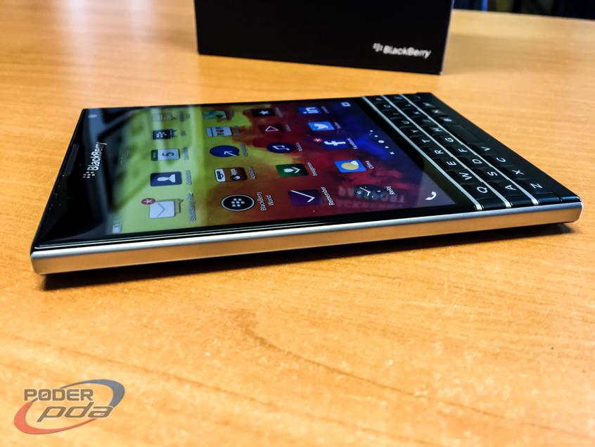 BlackBerry-Passport-Poder-PDA(17)