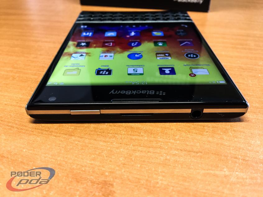 BlackBerry-Passport-Poder-PDA(18)