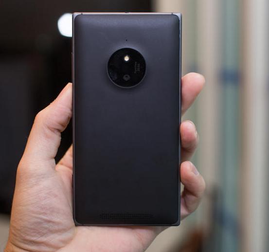 Microsoft Lumia 830-8