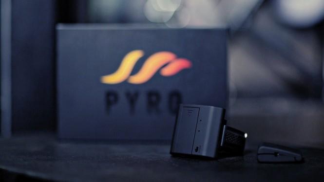 Pyro Fireshooter es el gadget para disparar bolas de fuego desde tu muñeca.