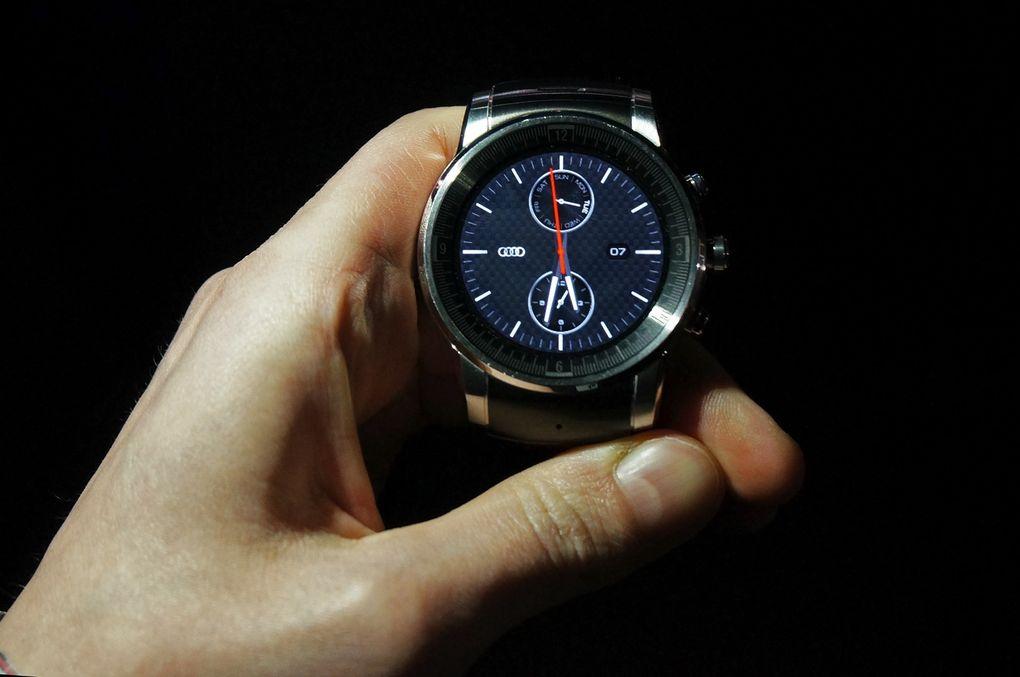Audi Watch CES2015-4