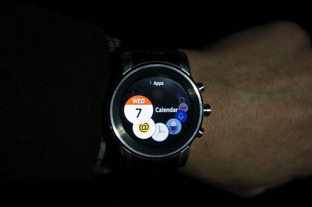 Audi Watch CES2015-7