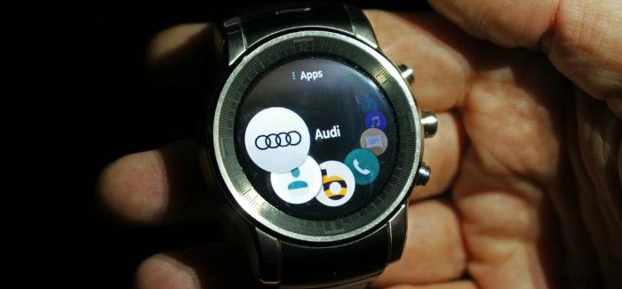 Audi Watch CES2015
