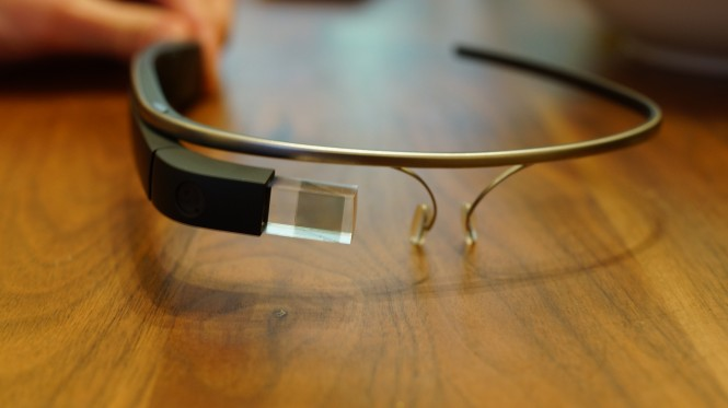 Los Google Glass Explorer han sido puestos sobre la mesa para analizar su futuro.