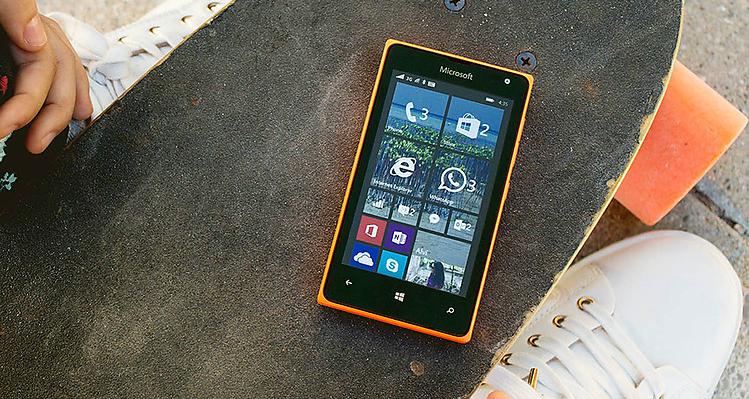 Microsoft-Lumia-435-2