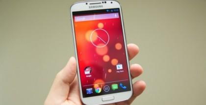 Samsung-Galaxy-S4-Google-Play-Edition-Home-Screen