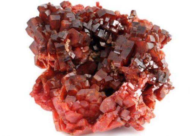 El Vanadio es el elemento que en su forma de vidrio otorgaría las nuevas propiedades de las baterías.