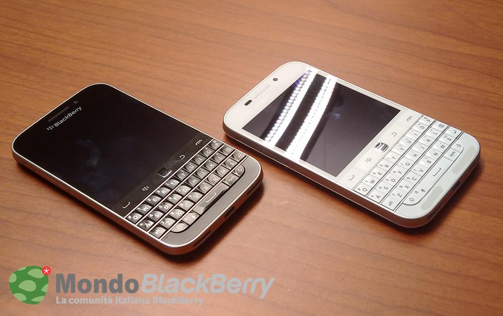 blackberry classic white 5