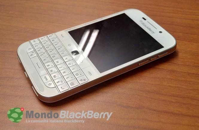 BlackBerry Classic en color blanco
