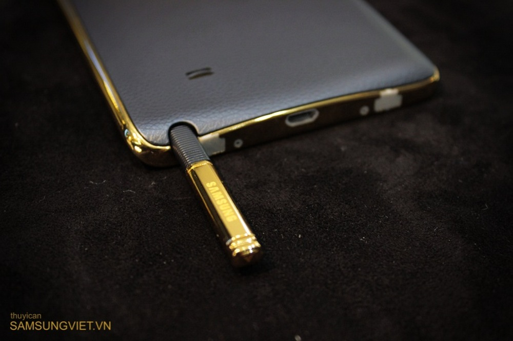 Galaxy-Note-Edge-oro-24-quilates(18)