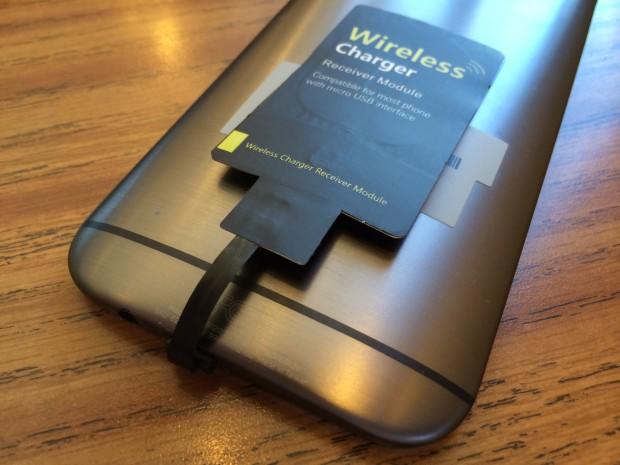 HTC M8 con Placa DigiYes de conector Micro USB