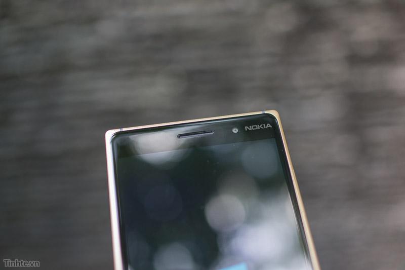 Nokia-Lumia-830-Dorado(8)