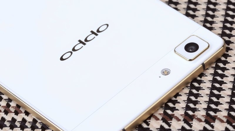 Oppo-R5-limited-gold-edition