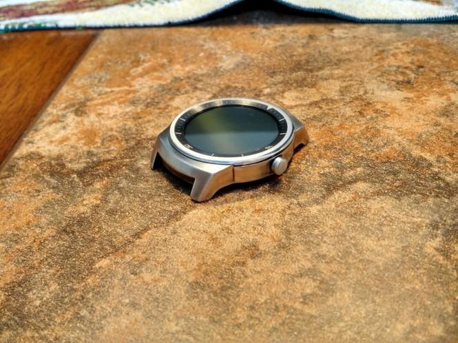 Carátula del LG G Watch R lijada