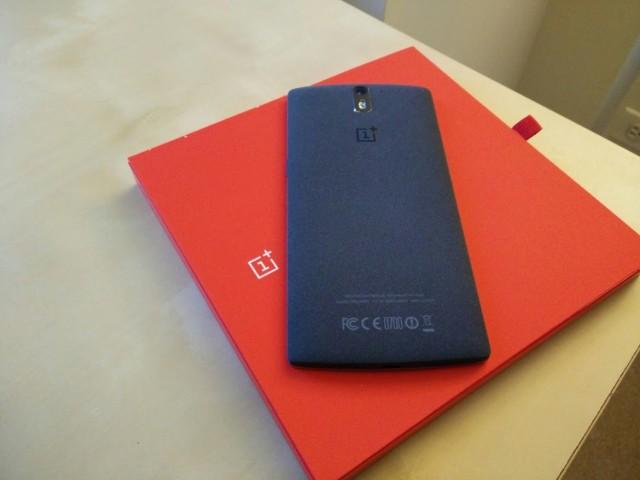 OnePlus One sin la marca Cyanogen