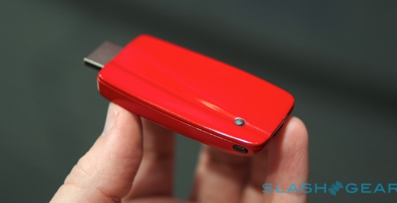 qualcomm-4k-streaming-adapter-hands-on-sg-0-820x420