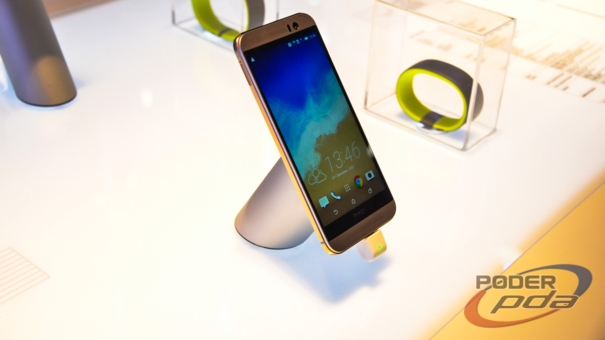 HTC-One-M9-Hands-On-MWC2015(2)