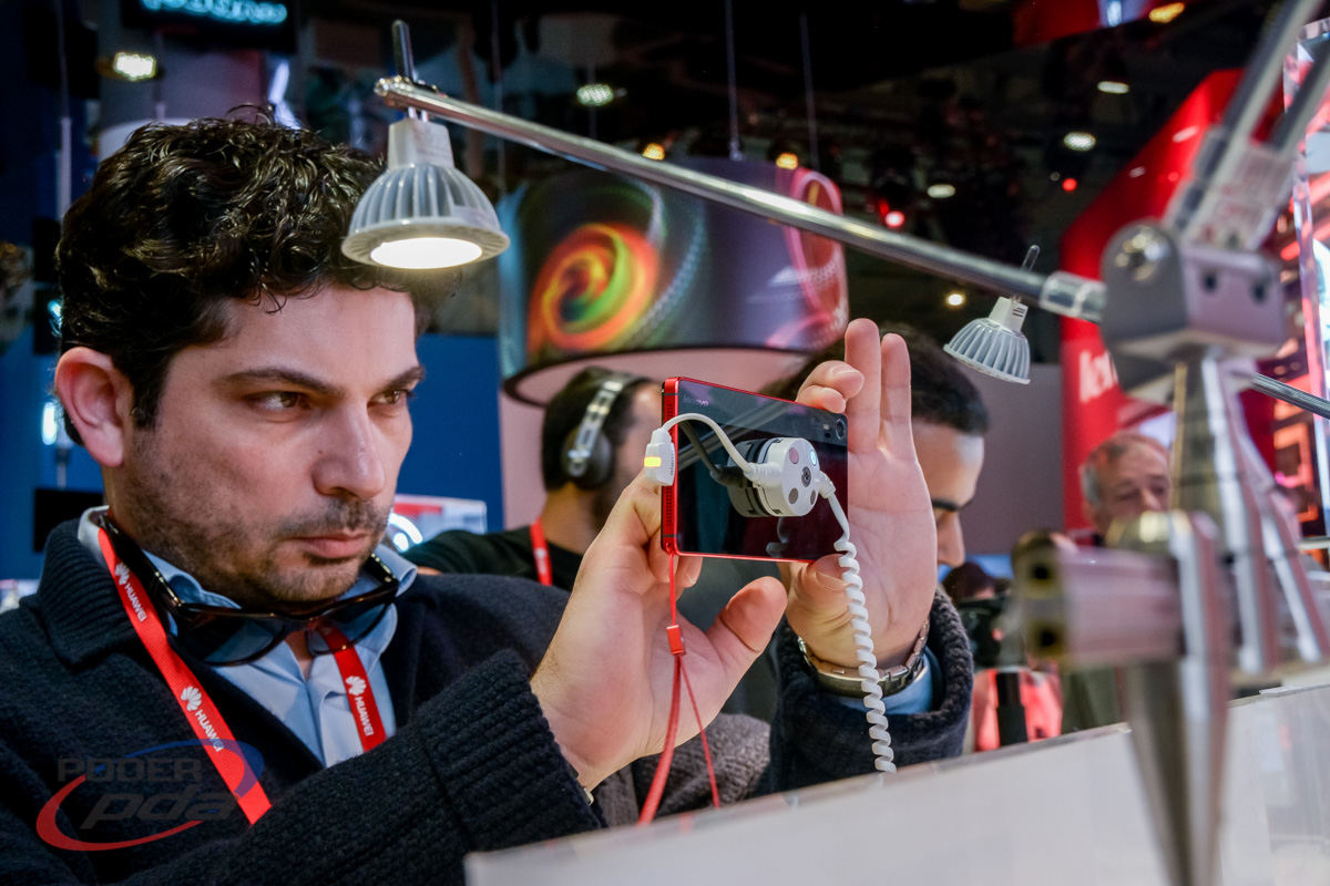 Lenovo-Vibe-Shot-Hands-On-MWC2015(5)