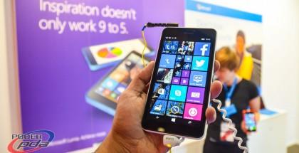 Microsoft-Lumia-640-XL-MWC2015(1)