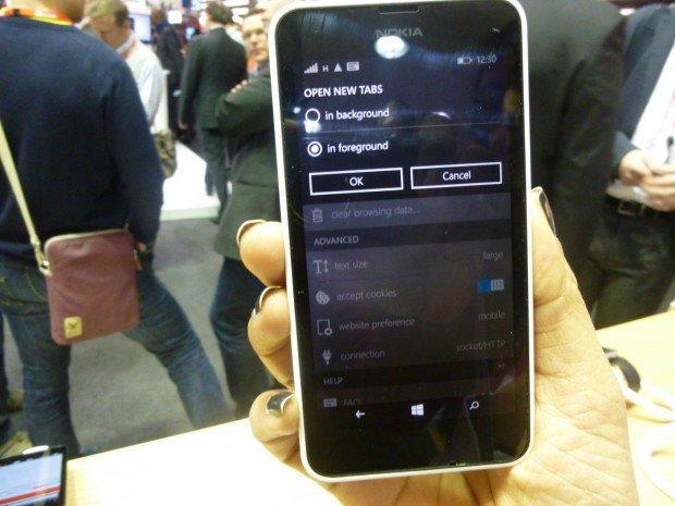 Opera Mini Preview Windows Phone Lumia 640 MWC2015_9