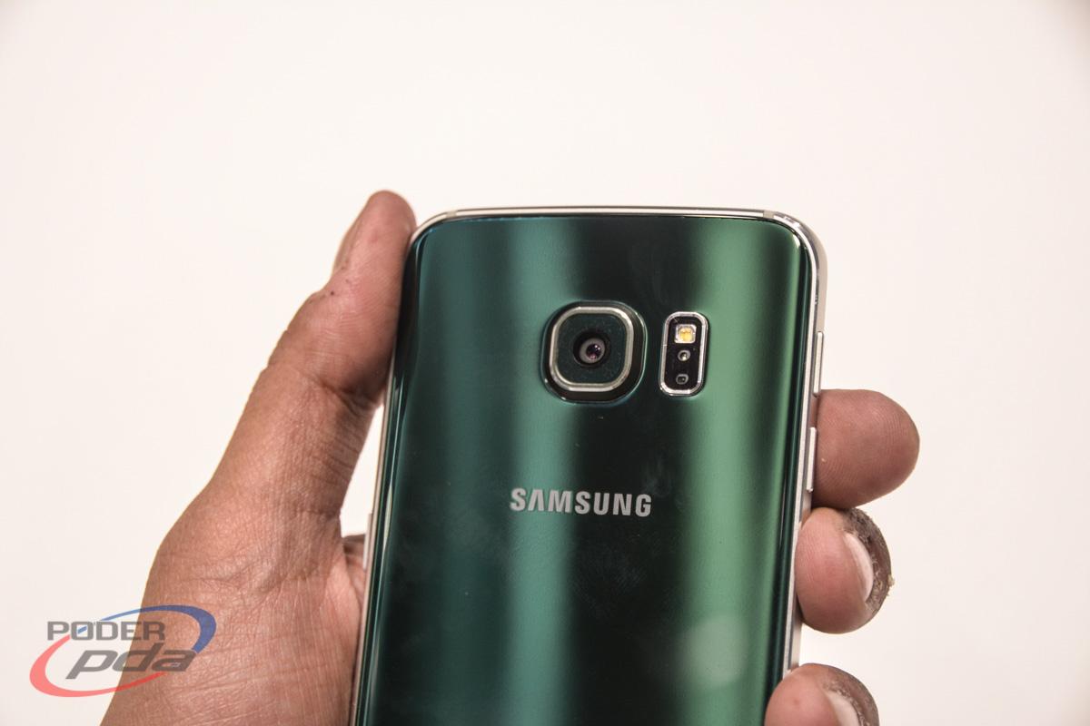 Samsung-Galaxy-S6-Edge-Hands-On-MWC2015(7)