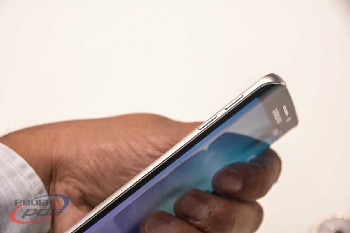 Samsung-Galaxy-S6-Edge-Hands-On-MWC2015(8)
