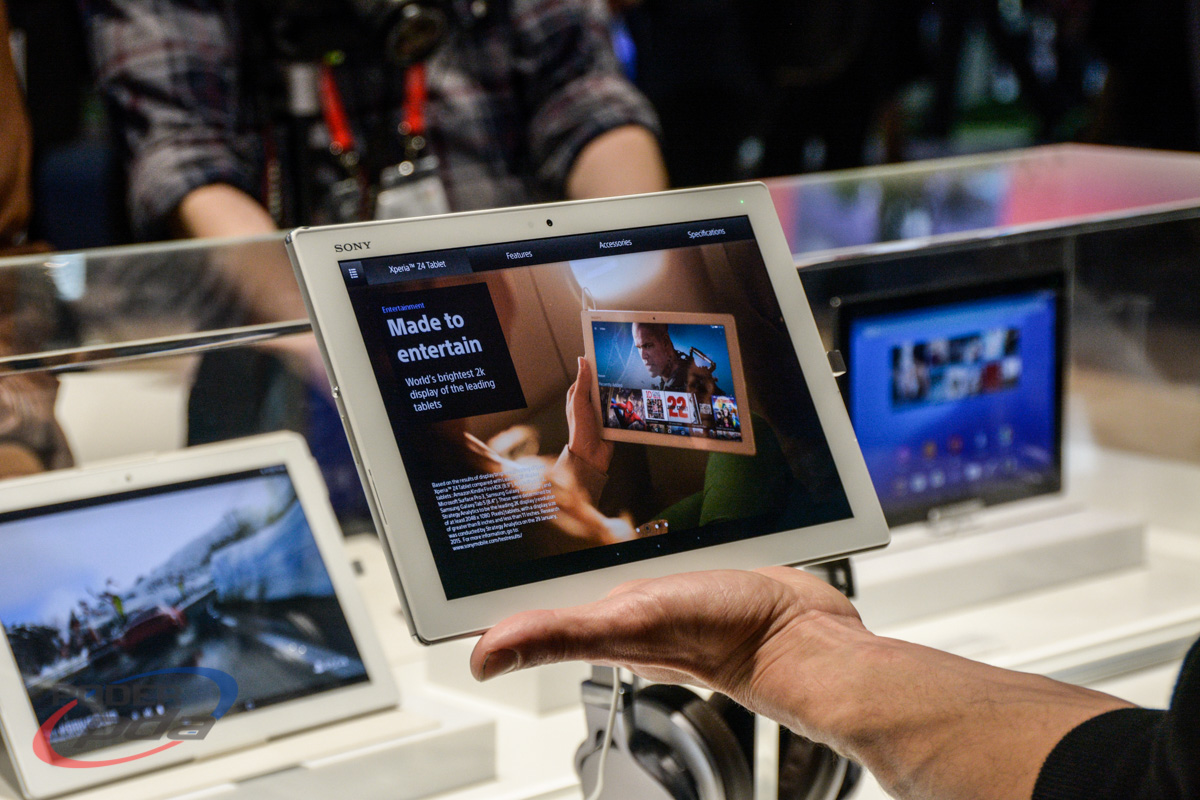 Sony-Xperia-Z4-Tablet-Hands-On-MWC2015(2)