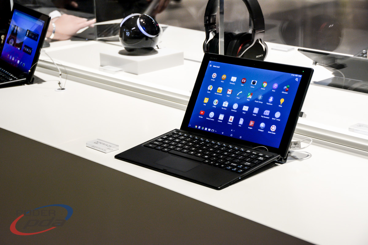 Sony-Xperia-Z4-Tablet-Hands-On-MWC2015(6)