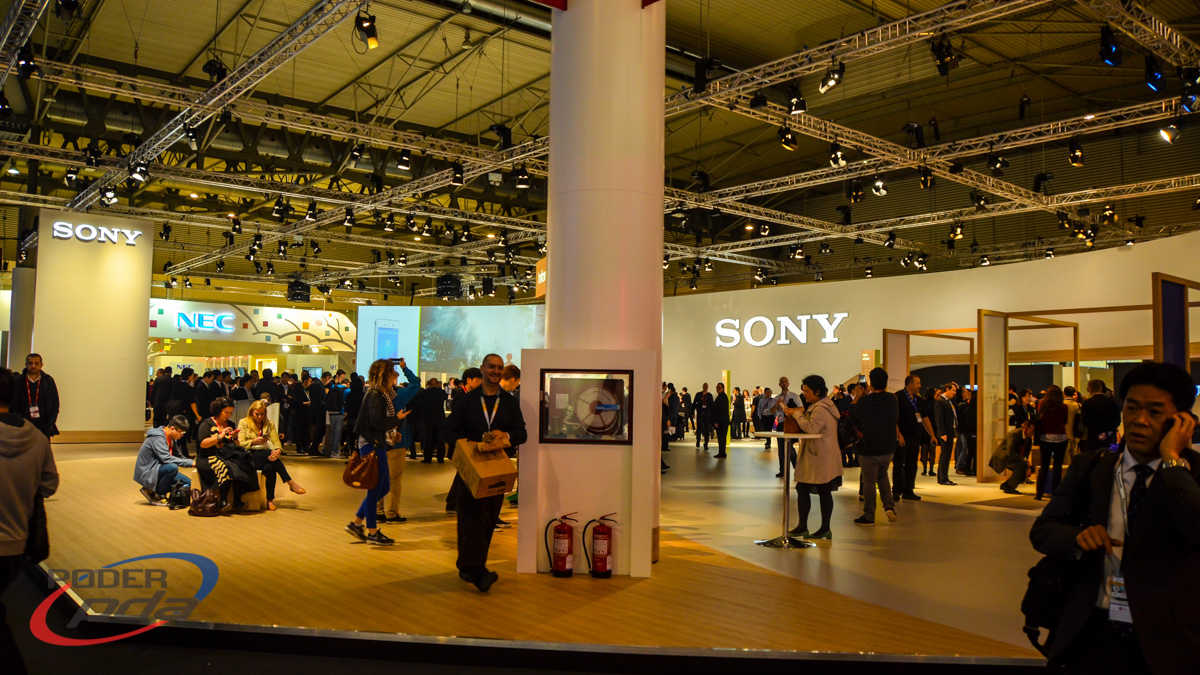Sony booth MWC2015 PoderPDA
