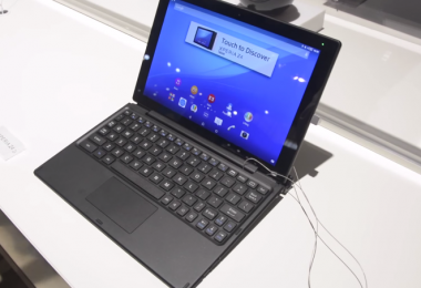 Xperia-Z4-Tablet-Hands-On-MWC2015