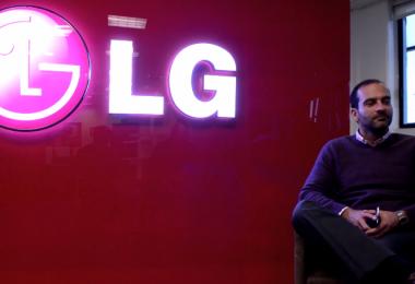 Armando Narchi, VP de ventas de LG Mobile