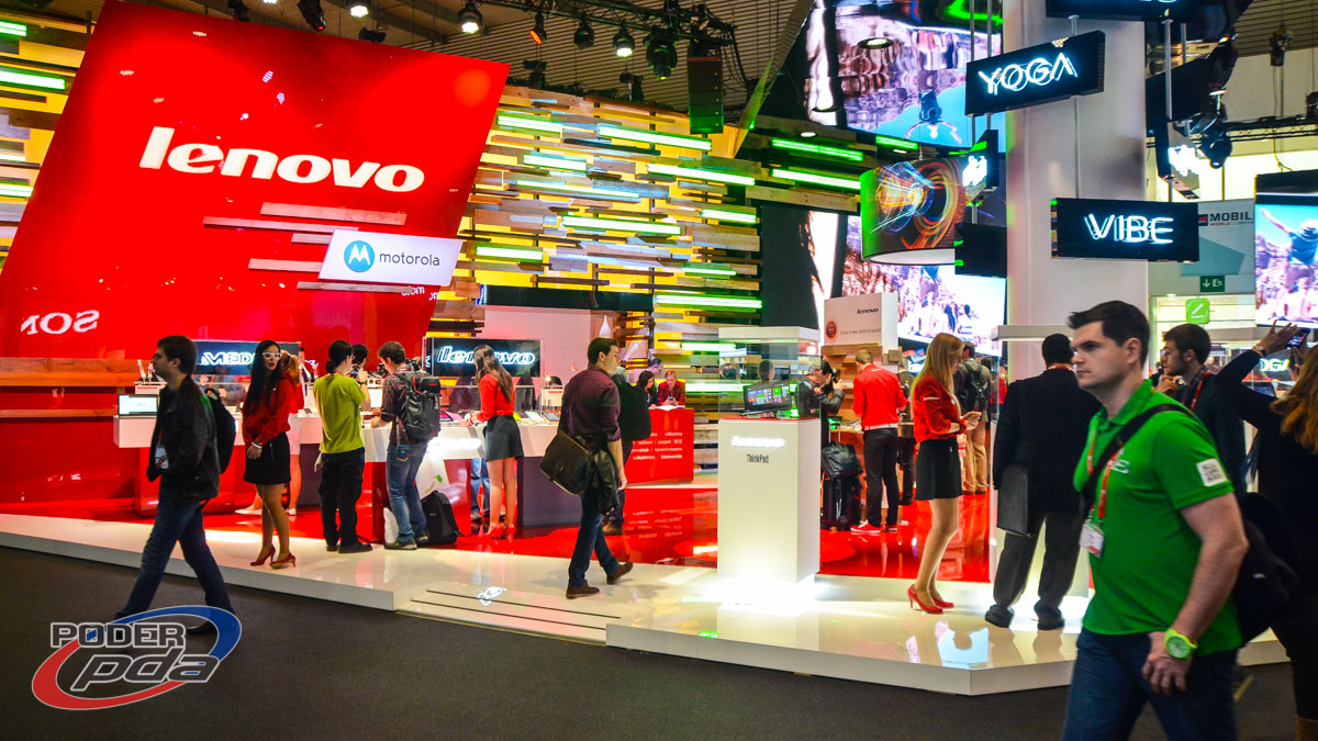 stand-Lenovo-MWC2015