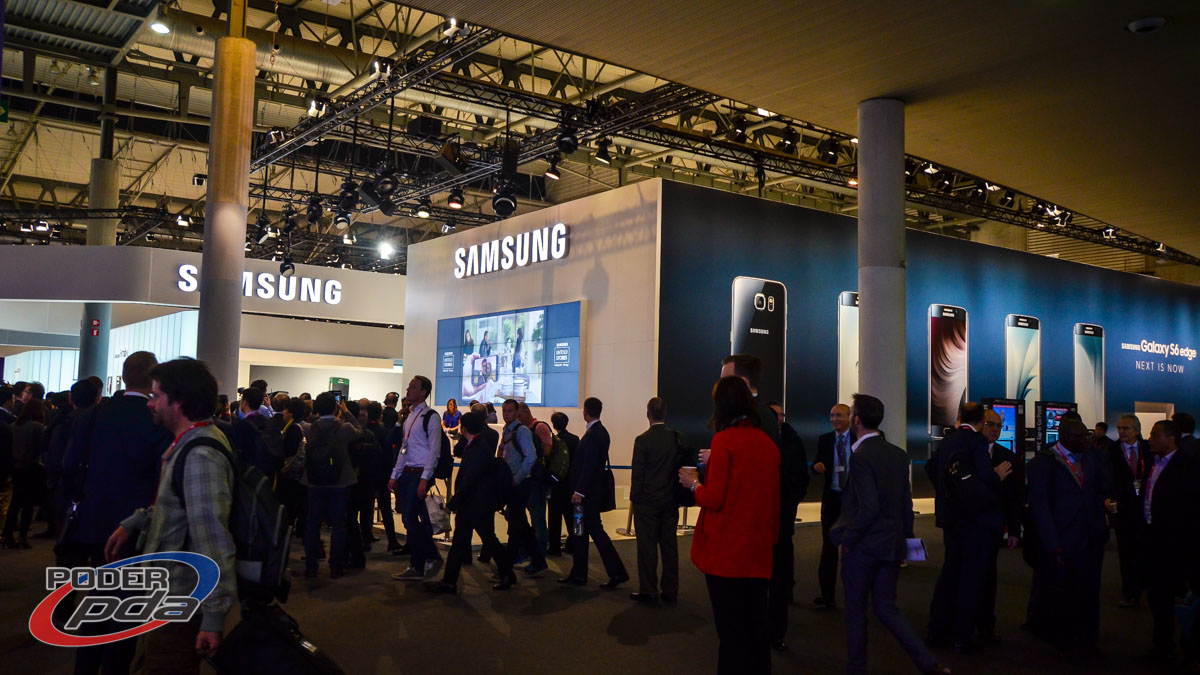 stand-Samsung-MWC2015