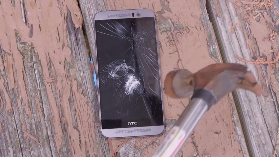 HTC One M9 puesto a pruebas de resistencia