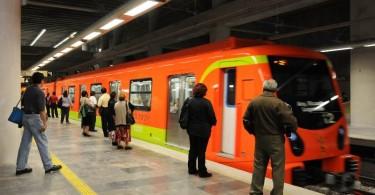 Estación del metro en el DF