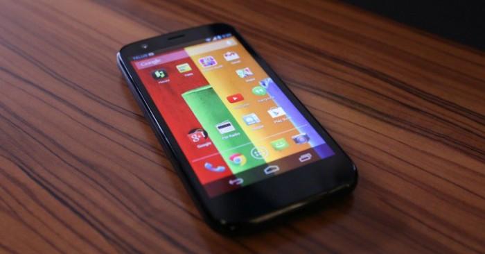 El Moto G original por fin comienza a recibir Android 5.0.2 Lollipop