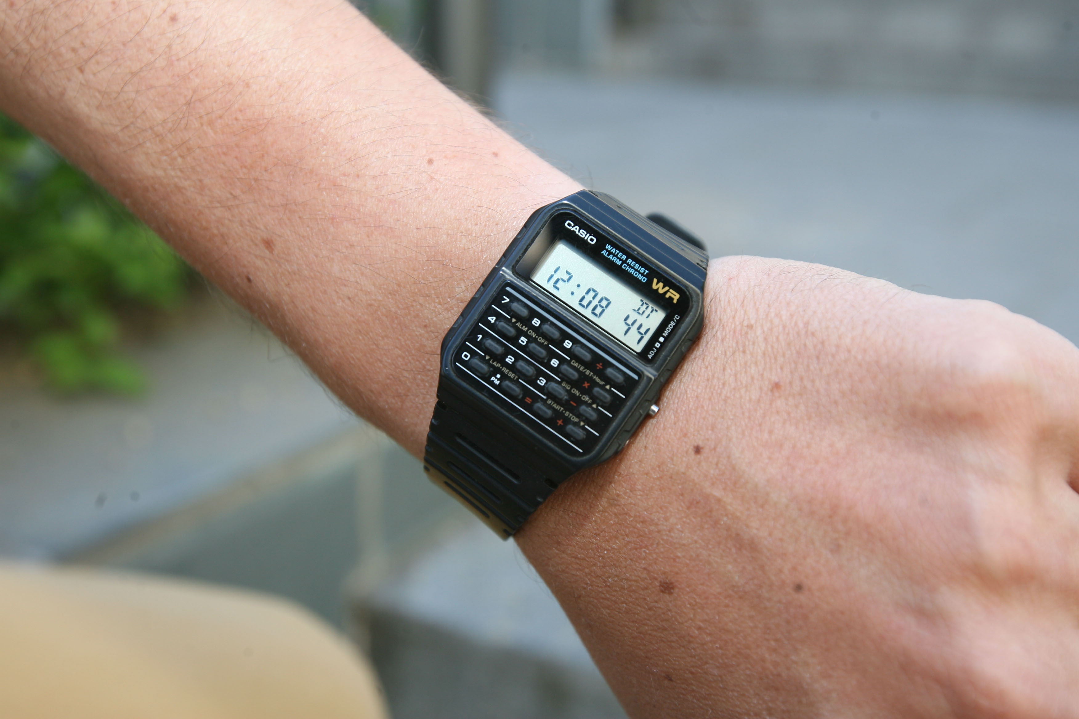 casio-smartwatches-2016