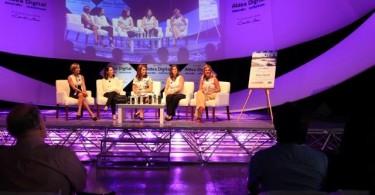 panel mujeres y tecnologia
