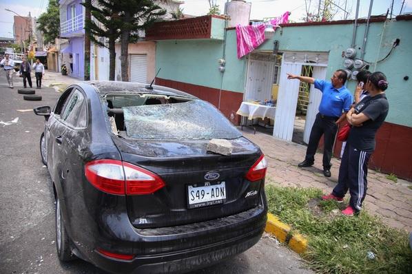 Una de las unidades de Uber violentadas la tarde del martes