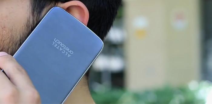 OneTouch Idol 3 es un teléfono reversible